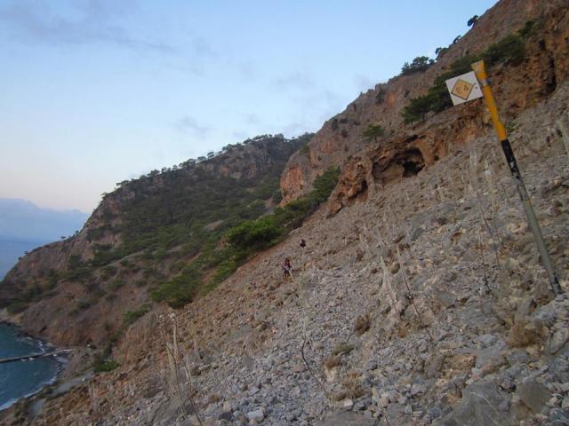 Διάσχιση παραλιακού Ε4 στη δυτική Κρήτη, από Σφακιά - Ελαφονήσι