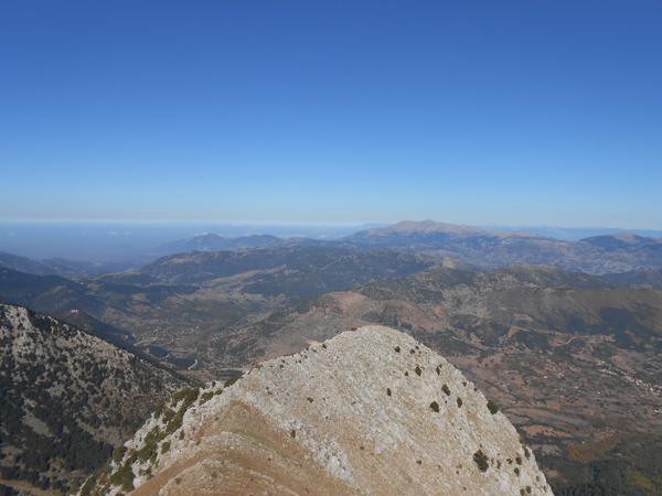 Θέα από την κορυφή προς το Παναχαϊκό